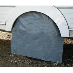 Capot de roue pour camping-cars